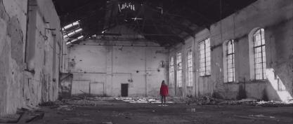 赤いコートの少女 - シンドラーのリスト ...